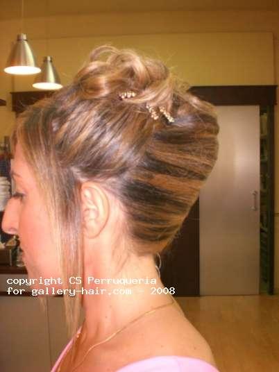 Fotos de peluquería: Recogidos - - Media melena